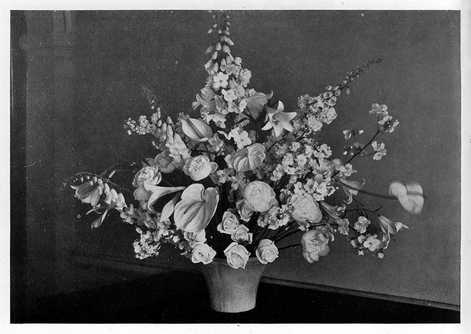 An artistic arrangement kvadrat interwoven low alabaster vase with mixed bunch constance spry in flower decoration j m dent reviewsmspy